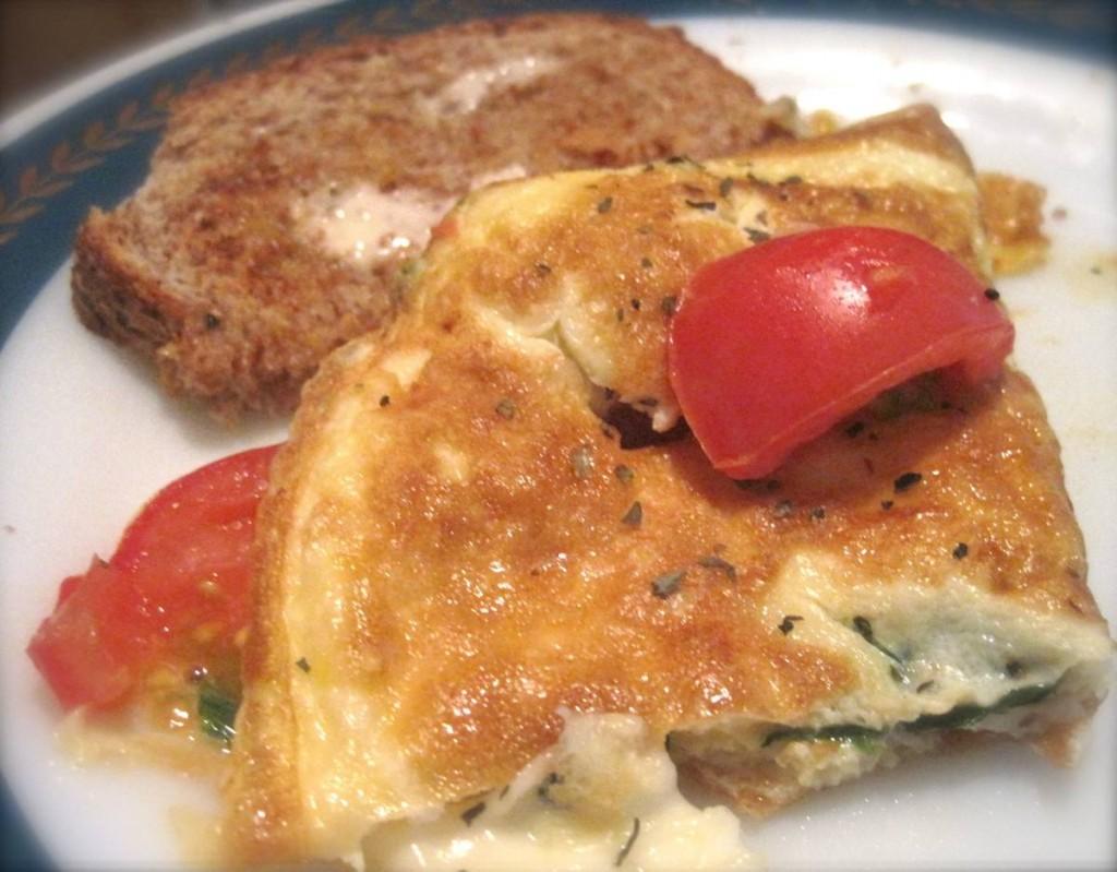 Healthy Chicks » caprese omelet